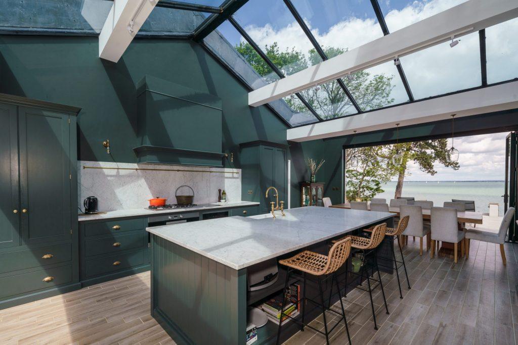 Modern Kitchen, Glass, Sea View