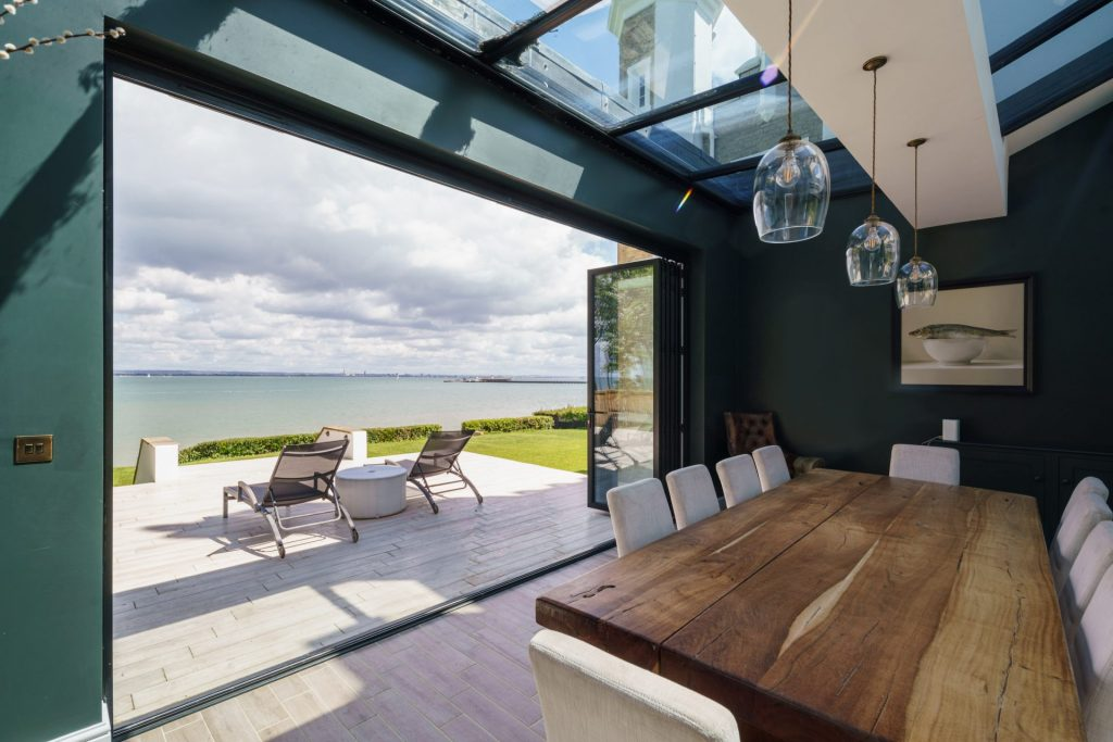 Dining, Sea View