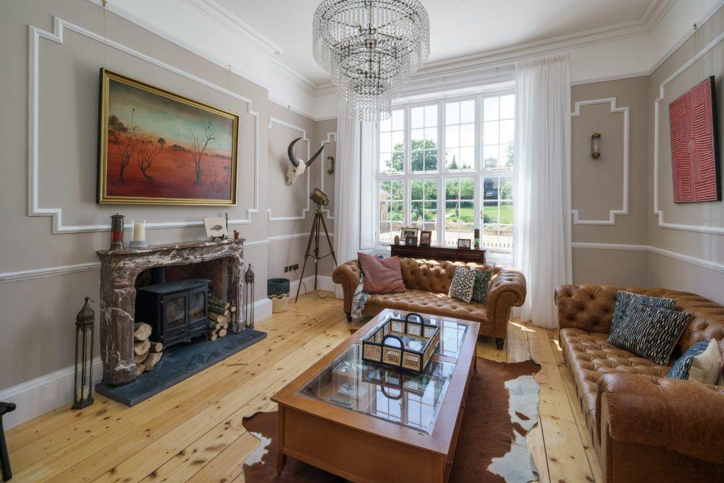 Living Room, Chandelier