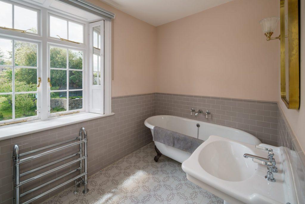 Freestanding Bath, Bathroom