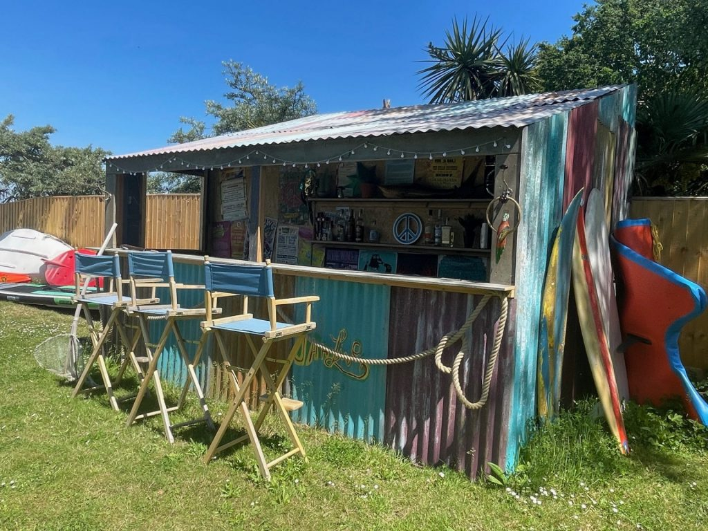 Outdoor Bar / Beach Bar